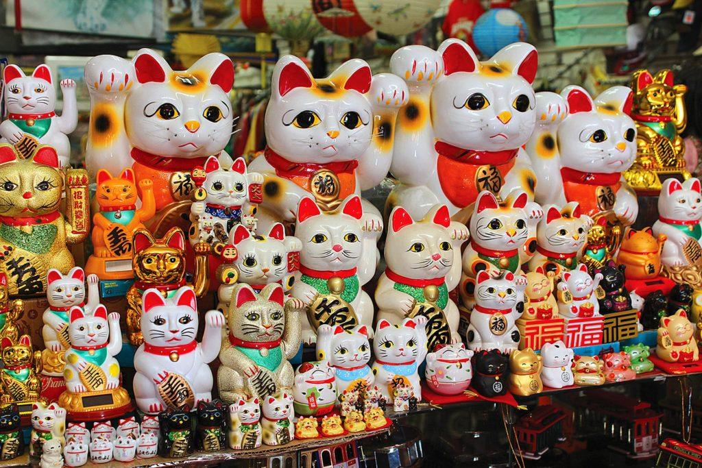 Фігурки 招き猫